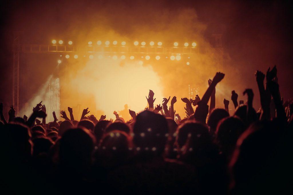 concert-3387324_1280