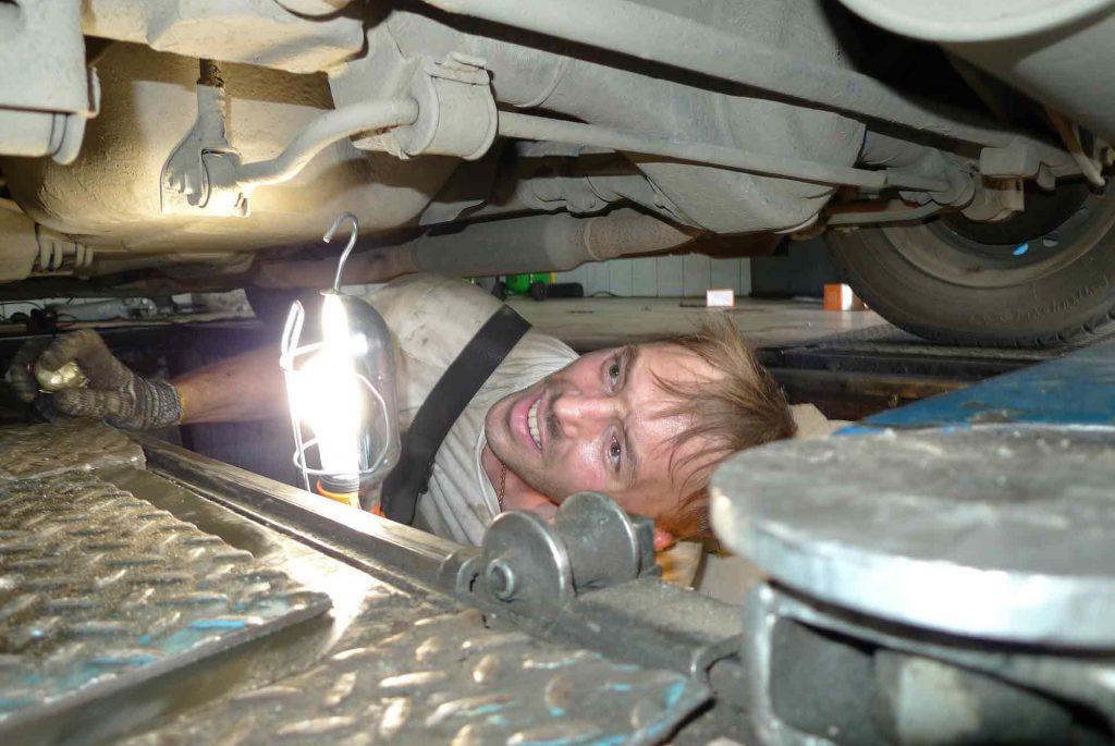 mechanic-346256_1920