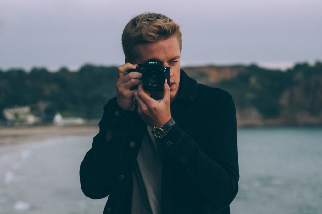How to manage Camera Rental?