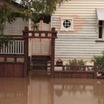 How much does it cost to fix a flooded house?
