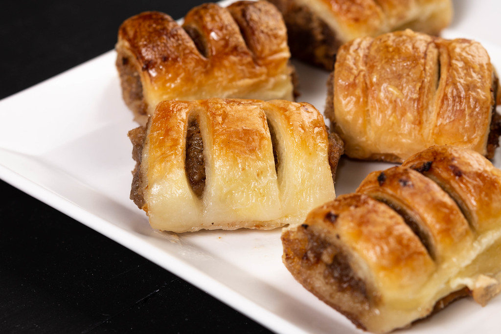 Pastry with Walnuts cream